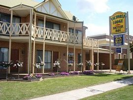 Victoria Lodge Motor Inn and Apartments - Tourism Canberra