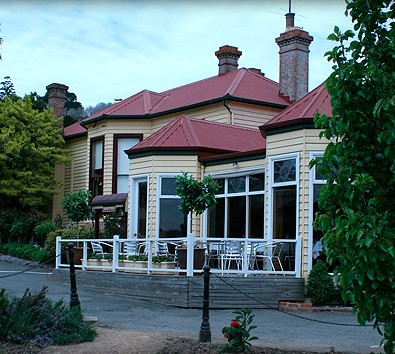 Central Springs Inn - Tourism Canberra
