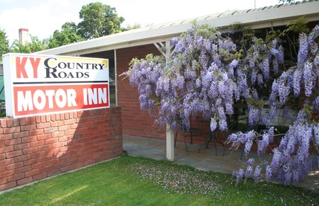 KY COUNTRY ROADS MOTOR INN - Tourism Canberra