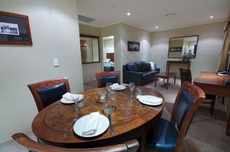 Quality Hotel Powerhouse - Tourism Canberra