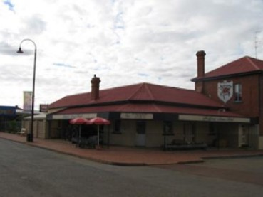 Bedford Arms Hotel - Tourism Canberra