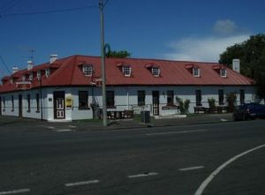 Caledonian Inn Hotel Motel - Tourism Canberra