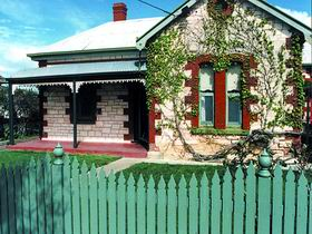 Naracoorte Cottages - Smith Street Villa - Tourism Canberra