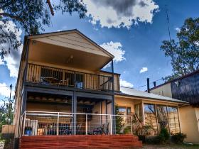 River Shack Rentals - The Manor - Tourism Canberra