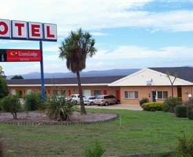 Econo Lodge Bayview Motel - Tourism Canberra