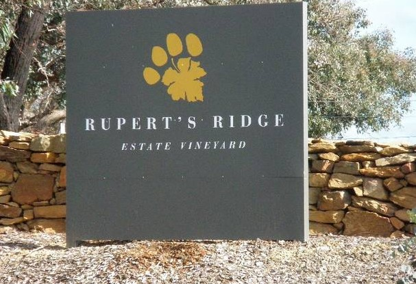 Rupert's Ridge Retreat - Tourism Canberra