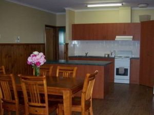 Riverland Holiday Cottage - Tourism Canberra