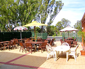 Royal Hotel Motel - Wentworth - Tourism Canberra
