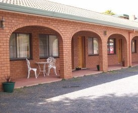 Cooma Country Club Motor Inn - Tourism Canberra