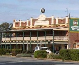 Commercial Hotel Barellan - Tourism Canberra