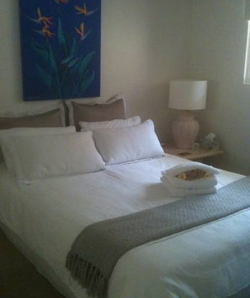 Absolute Beachfront Manly Bed and Breakfast - Tourism Canberra