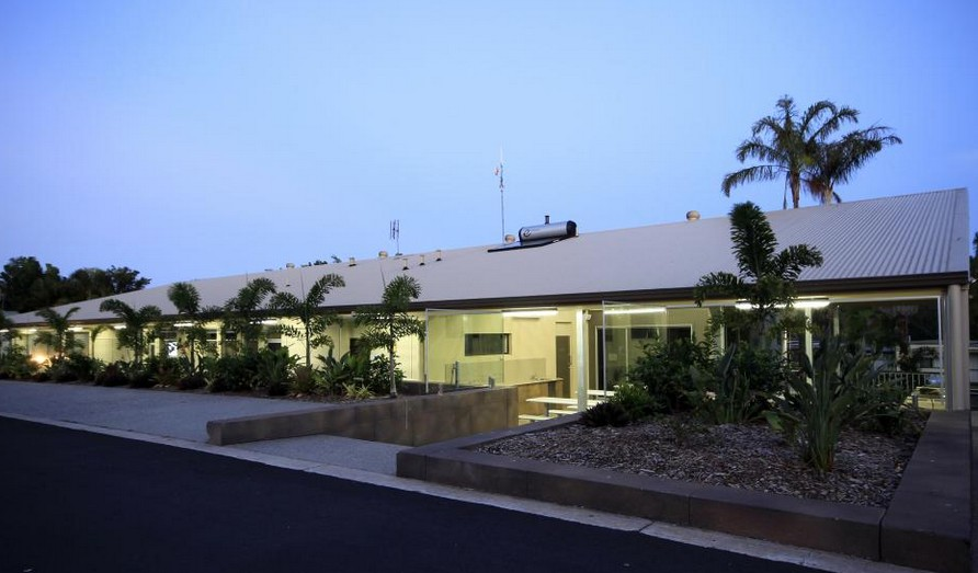 Ashmore Palms Holiday Village - Tourism Canberra