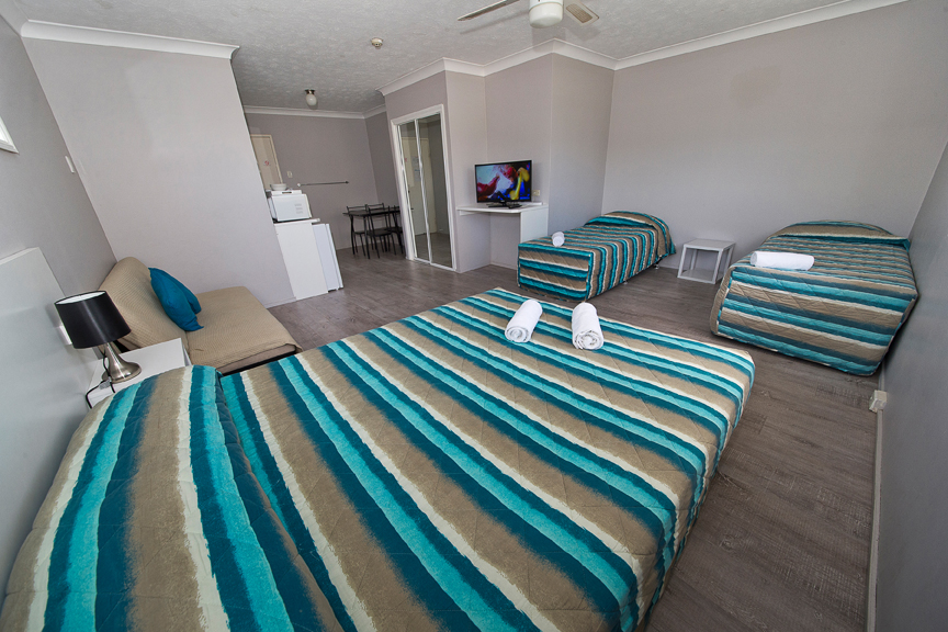 Burleigh Gold Coast Motel - Tourism Canberra
