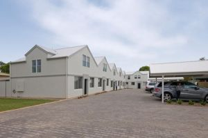 Hello Adelaide Motel  Apartments - Tourism Canberra