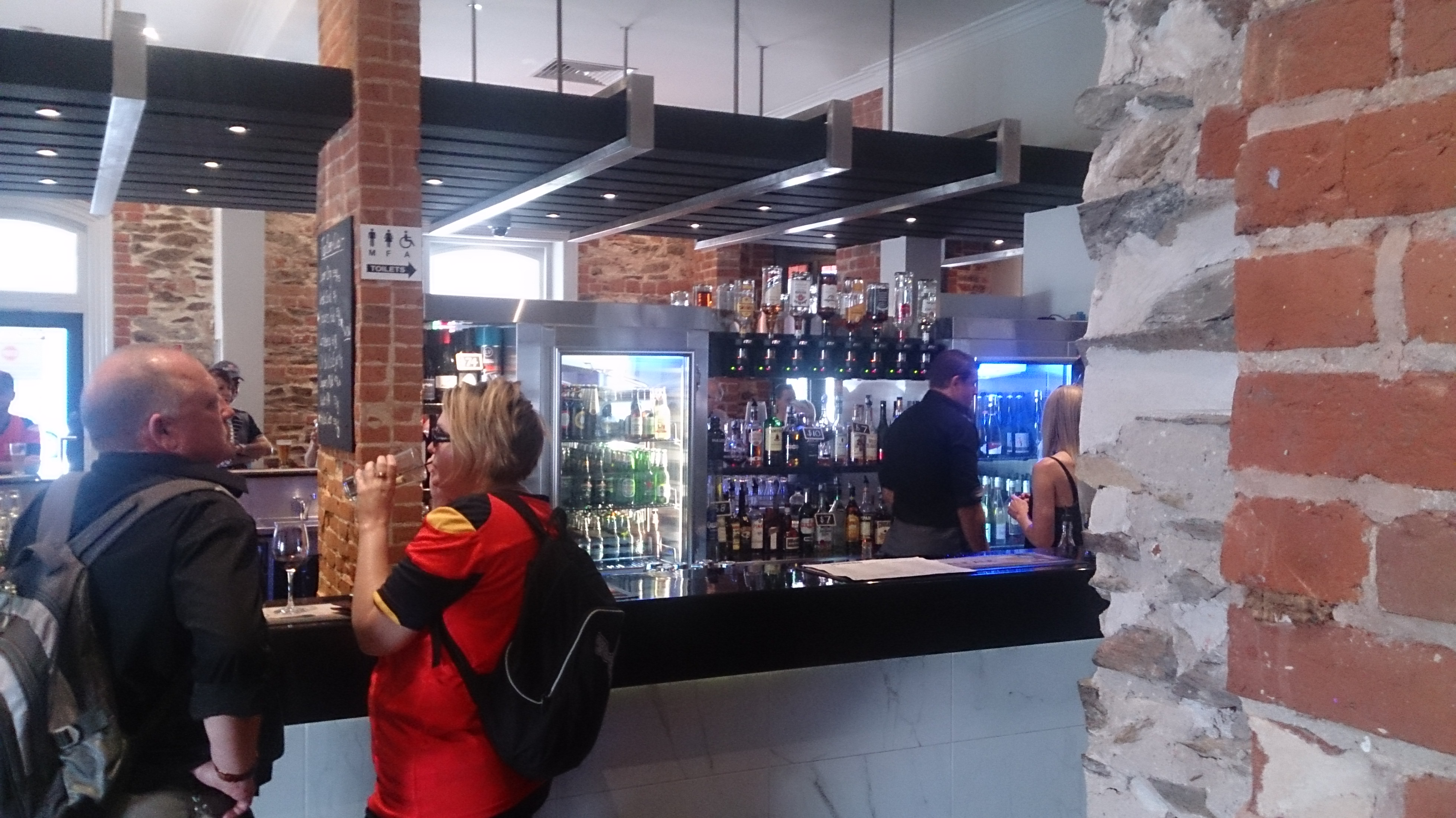 The Joiners Arms Hotel - Tourism Canberra