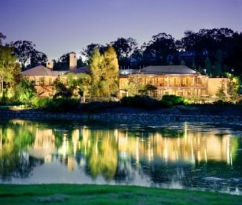 Cypress Lakes Resort - Tourism Canberra