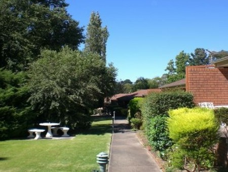Boronia Holiday Lodge - Tourism Canberra