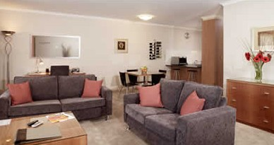 Ringwood Royale Apartment Hotel - Tourism Canberra