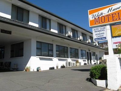 White Manor Motel - Tourism Canberra