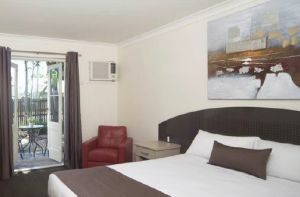 Waterloo Bay Motel - Tourism Canberra
