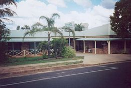 Clermont Motor Inn - Tourism Canberra