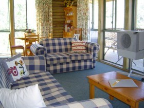 Myrtle Creek Cottages - Tourism Canberra