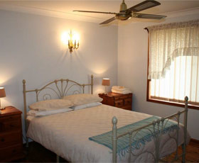 Caits Cottage Bed And Breakfast - Tourism Canberra