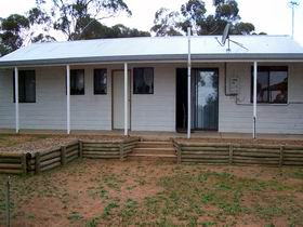 Lot 322 Holiday House - Tourism Canberra