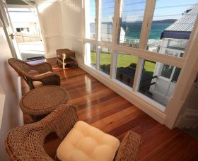 Sugarloaf Point Lighthouse Holiday Accommodation - Tourism Canberra
