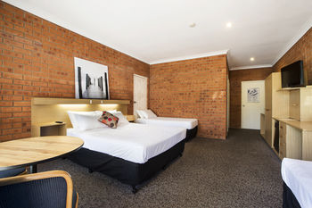 Archer Hotel Nowra - Tourism Canberra