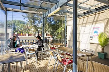 Cambridge Lodge - Hostel/Backpacker - Tourism Canberra