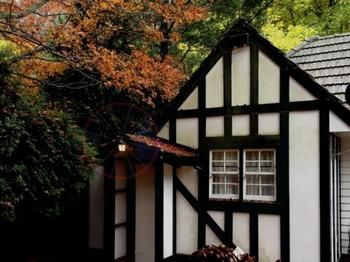 Tudor Cottages Mt Dandenong