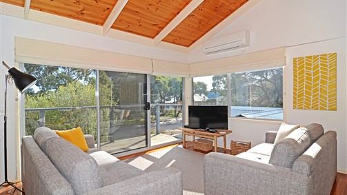 Barrakee Beach House - Anglesea - Tourism Canberra