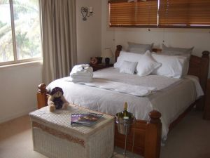 Ayr Bed and Breakfast on McIntyre - Tourism Canberra