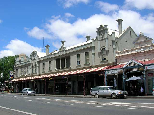 Commercial Hotel Camperdown - Tourism Canberra