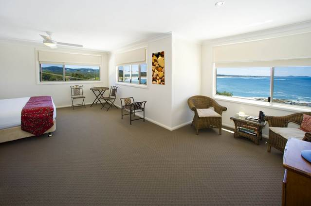 Solitary Islands Lodge - Tourism Canberra