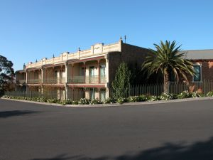 The Terrace Motel - Tourism Canberra
