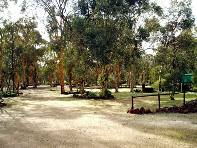 Toodyay Holiday Park  Chalets - Tourism Canberra