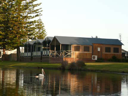 Two Shores Holiday Village - Tourism Canberra