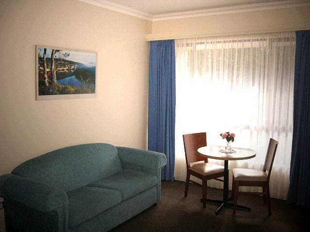Victoria Lodge Motor Inn  Serviced Apartments - Tourism Canberra