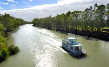 Edward River Houseboats - Tourism Canberra