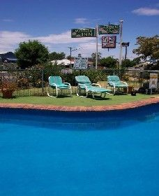 The Garden Court Motor Inn - Wellington - Tourism Canberra