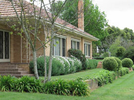 Westgate Vineyard Country House - Tourism Canberra