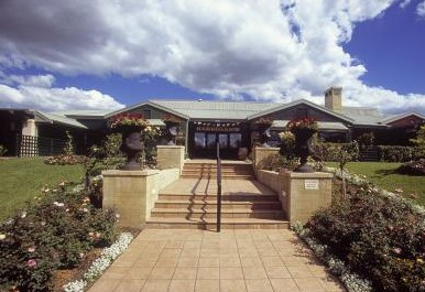 Harrigan's Irish Pub and Accommodation - Tourism Canberra
