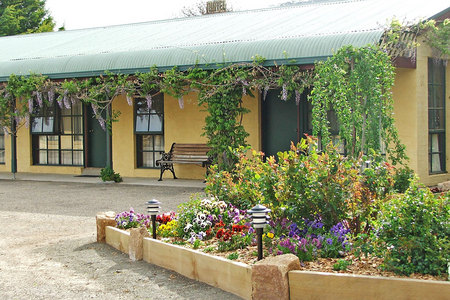 Omeo Motel - Tourism Canberra