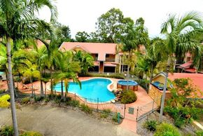 Beach Court Holiday Villas - Tourism Canberra