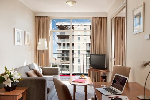 Crowne Plaza Newcastle - Tourism Canberra