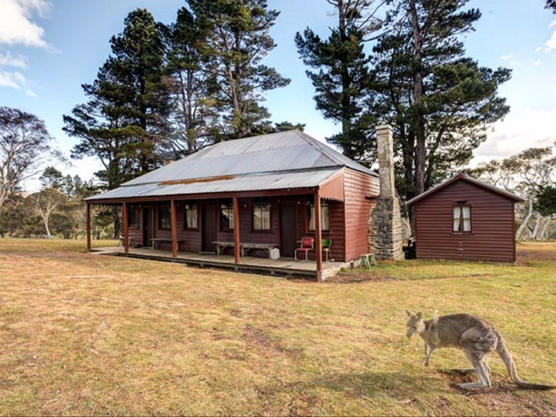 The Pines Cottage - Tourism Canberra