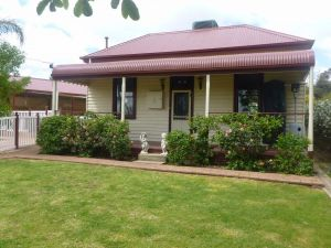 Country Cottages BB - Tourism Canberra