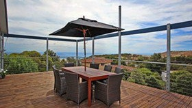 Coral Sands Seaview Beach House - Tourism Canberra